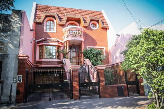 Foto Casa en Venta en  Floresta ,  Capital Federal  Dolores al 700