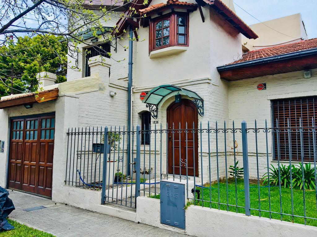 Foto Casa en Venta en Dean funes al 1800, G.B.A. Zona Oeste | Moron | Castelar