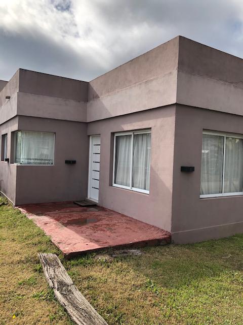 Foto Casa en Venta en  Countries/B.Cerrado (San Vicente),  San Vicente  French al 1000