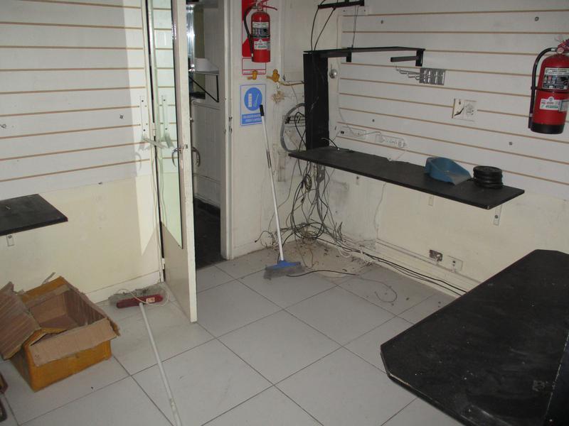 Foto Local en Alquiler   Venta en  Barrio Norte ,  Capital Federal  Juncal y Aguero