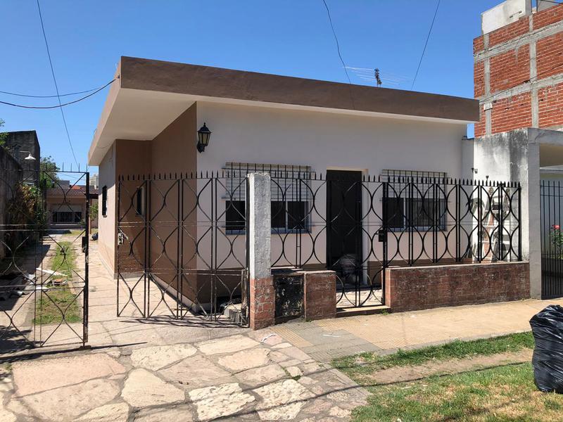 Foto Casa en Alquiler en  Jose Clemente Paz,  Jose Clemente Paz  Zapiola al 4800