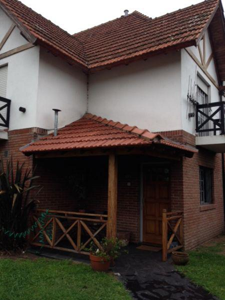 Foto Casa en Alquiler en  Burzaco,  Almirante Brown  Soler 1050 Casa 23 C Barrio Los Robles