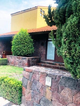 Foto Casa en condominio en Venta en  Country Club,  Metepec  CASA EN RENTA EN METEPEC, RESIDENCIAL COUNTRY CLUB