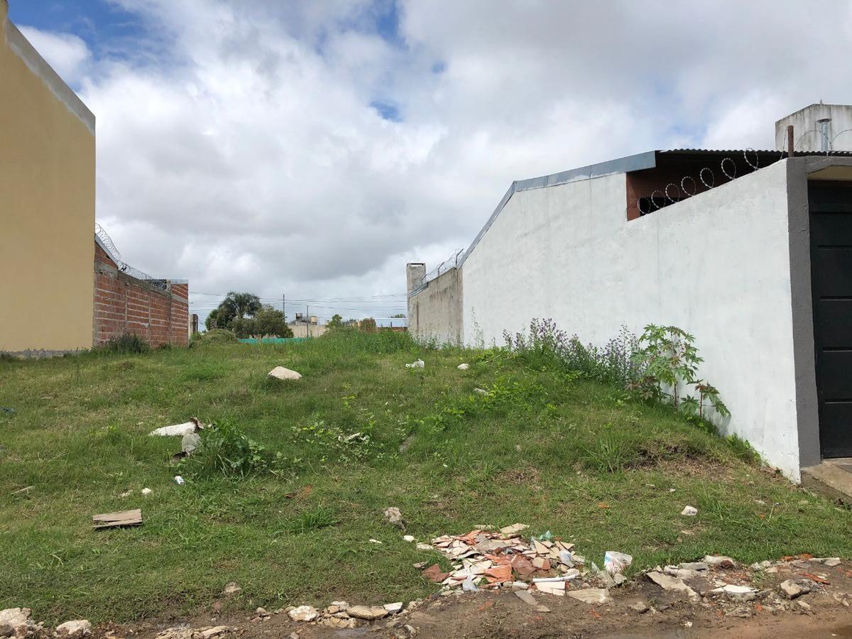 Foto Terreno en Venta en  Concordia,  Concordia  Yamandú Rodriguez e/ 25 de Mayo y  Brown