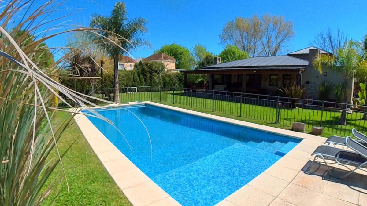 Foto Casa en Venta en  Los Jazmines,  Pilar Del Este  Los Jazmines 496