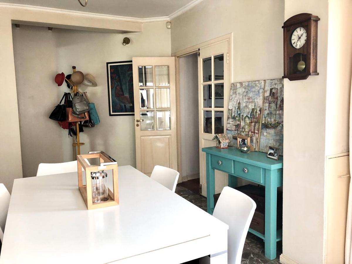 Foto Casa en Venta en  V.Cabred,  Temperley  Colon 104