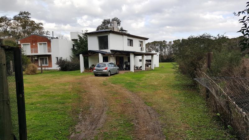 Foto Casa en Venta en  Alvarez,  Rosario  Calle Los Eucaliptos - Ruta 18 km 11.5