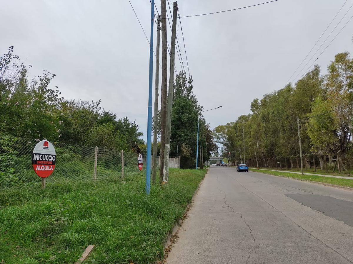 Foto Terreno en Alquiler en  Escobar ,  G.B.A. Zona Norte  2 terrenos en Av. Inmigrantes, a metros de Colectora Este