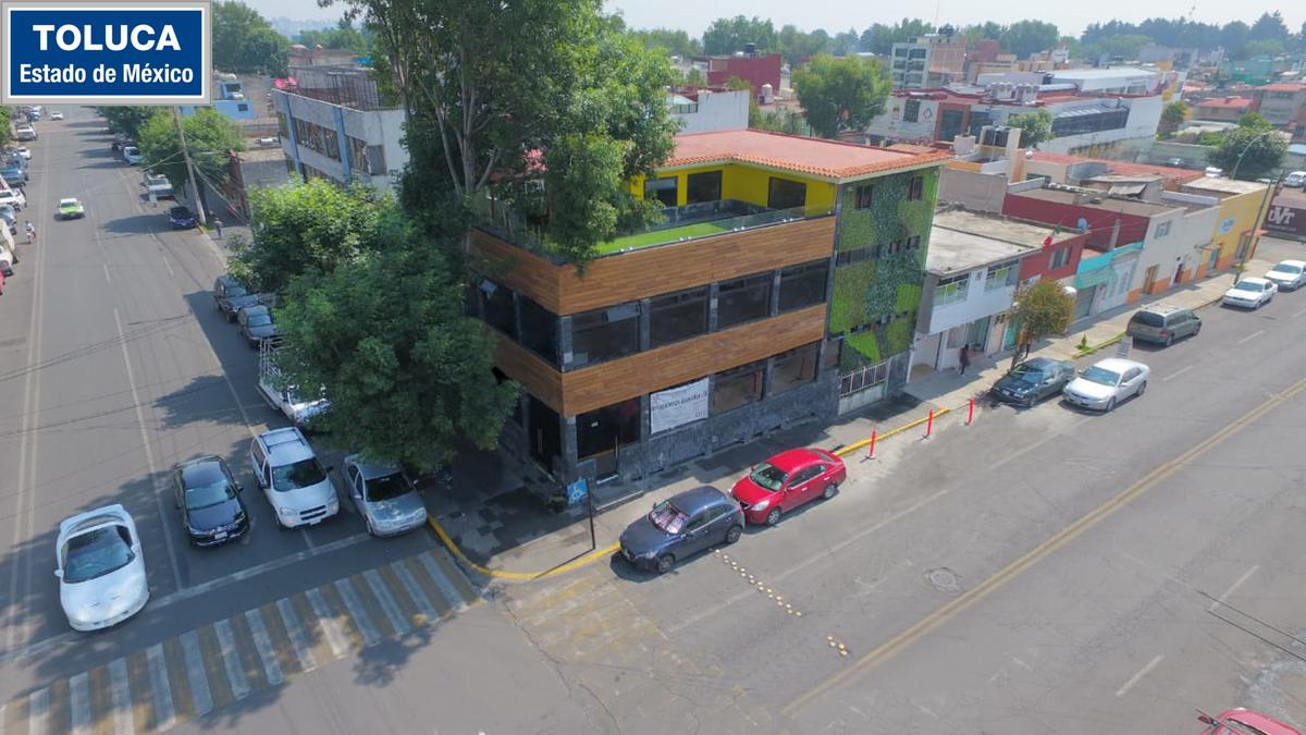 Foto Edificio Comercial en Venta en  Toluca ,  Edo. de México  Edificio Comercial en VENTA, Ave. Benito Juárez, Toluca, Estado de México