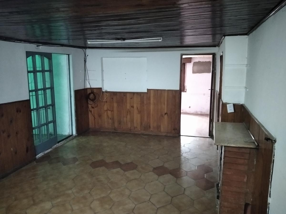 Foto Casa en Alquiler en  Berazategui,  Berazategui  Calle 111 N°2032