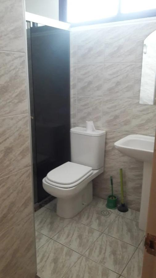 Foto Oficina en Alquiler en  Tres Cruces ,  Montevideo  Br. Artigas y 8 de Octubre - 3 ambientes para vivienda u oficina
