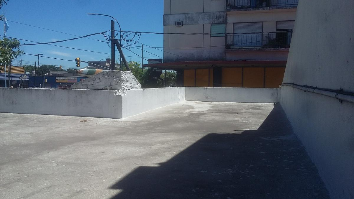Foto Casa en Venta en  Lanús Oeste,  Lanús  Rio de Janeiro al 1096