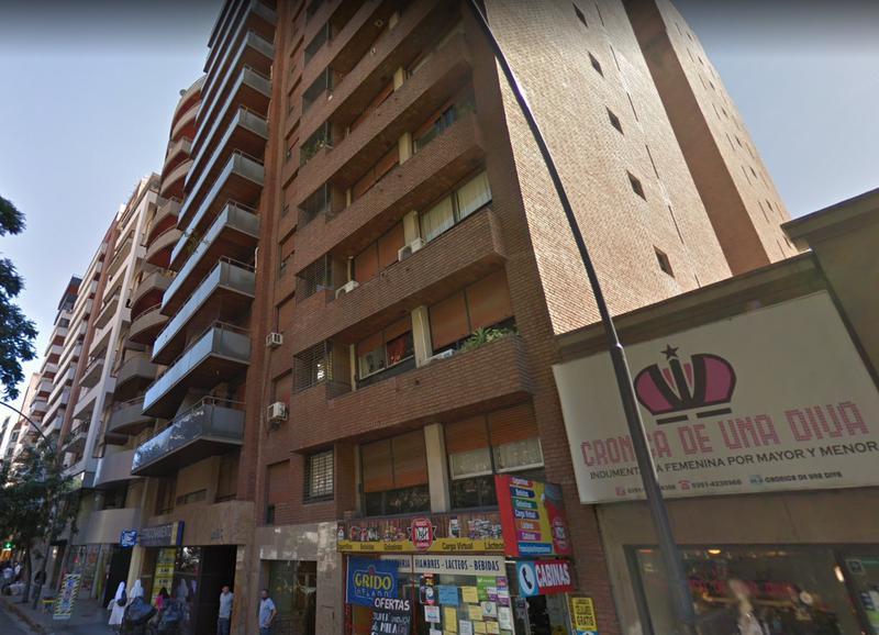 Foto Departamento en Alquiler en  Nueva Cordoba,  Capital  Bv Illia  531