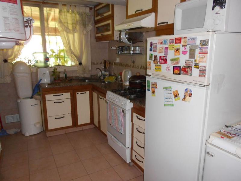 Foto Casa en Venta en  Barrio Parque Leloir,  Ituzaingo  La Coyunda al 2300
