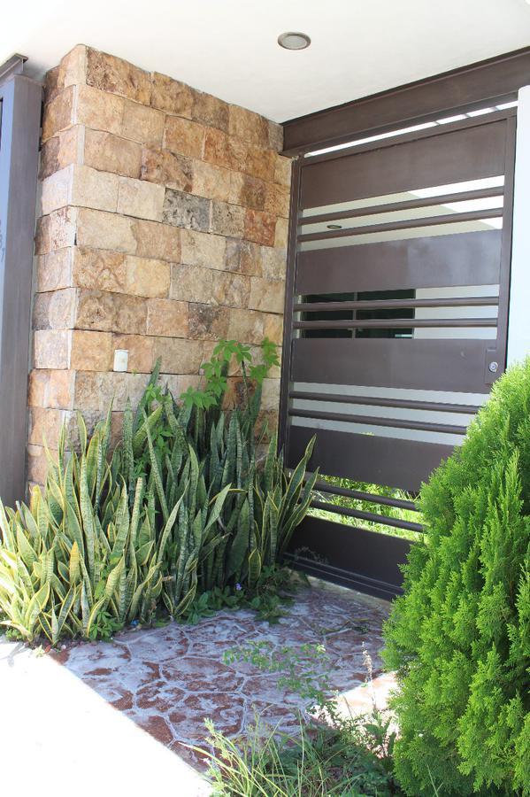 Foto Casa en Venta en  Xcumpich,  Mérida  Casa en Xcumpich (Residencial Galerias).