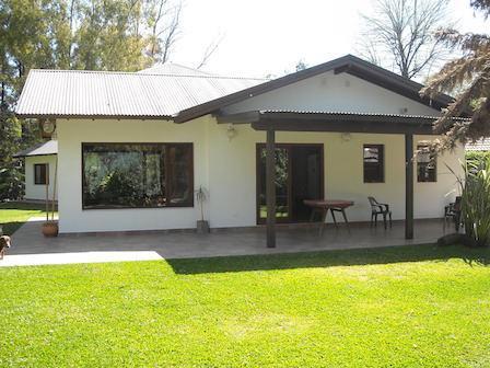 Foto Casa en Venta en  Barrio Parque Leloir,  Ituzaingo  De los Reseros 600