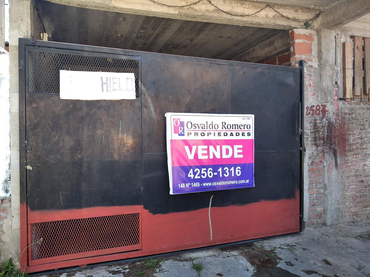 Foto Casa en Venta en  Berazategui,  Berazategui  Calle 147 N° 2586 e/25 y 26