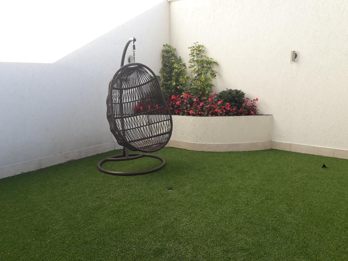 Foto Departamento en Alquiler en  Norte de Quito,  Quito  DEPARTAMENTO DE DOS HAB, AMOBLADO, TT