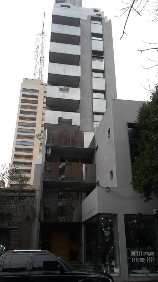 Foto Departamento en Alquiler en  Nueva Cordoba,  Capital  INDEPENDENCIA al 1000