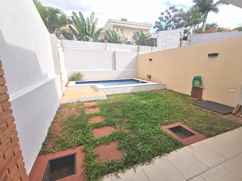 Foto Casa en Alquiler en  Mburucuya,  Santisima Trinidad  Zona Restaurante Tierra Colorada