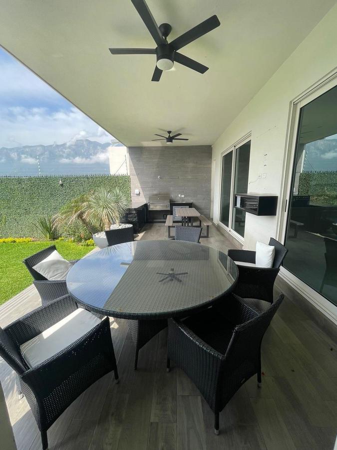Foto Casa en Venta en  La Joya Privada residencial,  Monterrey  Casa en Venta, Colonia La Joya, Privada Residencial E2
