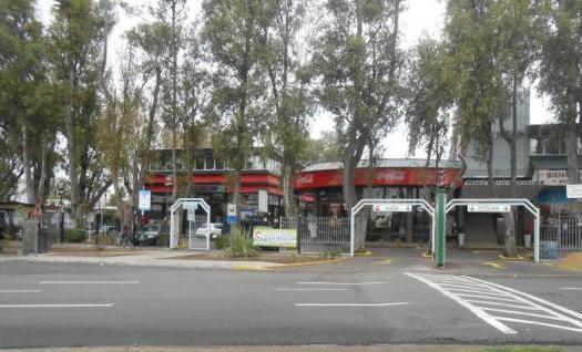 Foto Oficina en Alquiler en  Barrio Parque Leloir,  Ituzaingo  Av. presidente peron al 9400