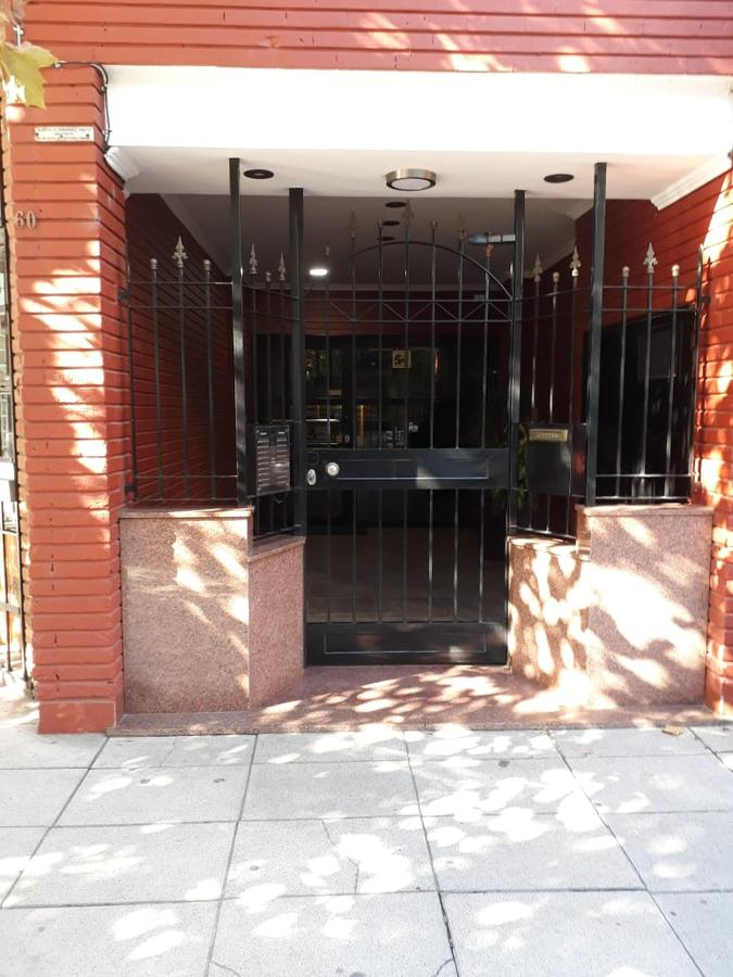 Foto Departamento en Alquiler en  Avellaneda ,  G.B.A. Zona Sur  Arenales 60 - Piso 5° Dto. D -