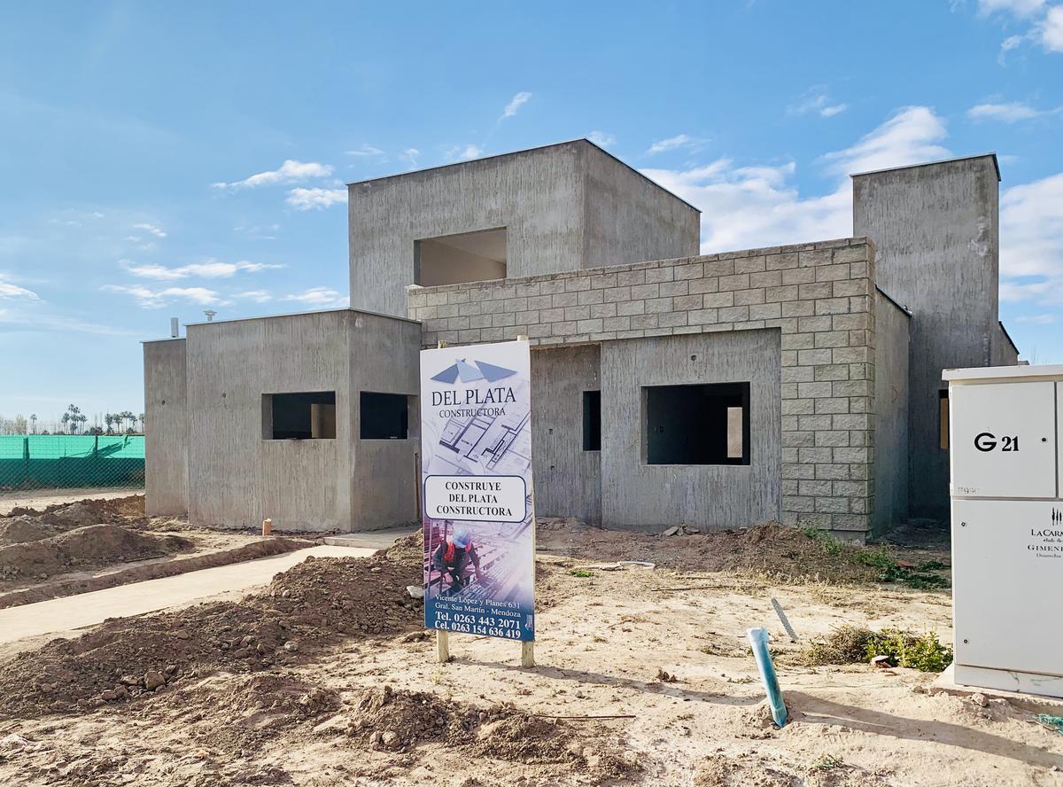 Foto Casa en Venta en  San Martin ,  Mendoza  La Carmelina Club de Campo (G21)