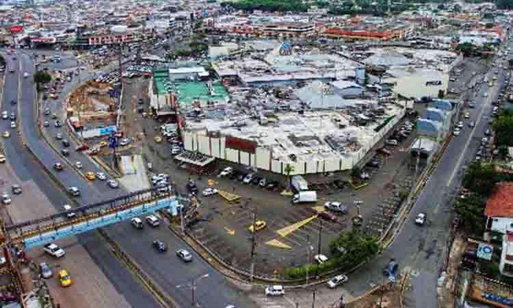 Foto Local en Venta en  Norte de Guayaquil,  Guayaquil  POLICENTRO LOCAL COMERCIAL EN VENTA 387 M2