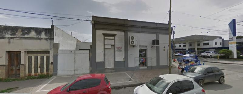Foto Local en Alquiler en  Plazoleta Mitre,  San Miguel De Tucumán  Avenida Mitre al 1000