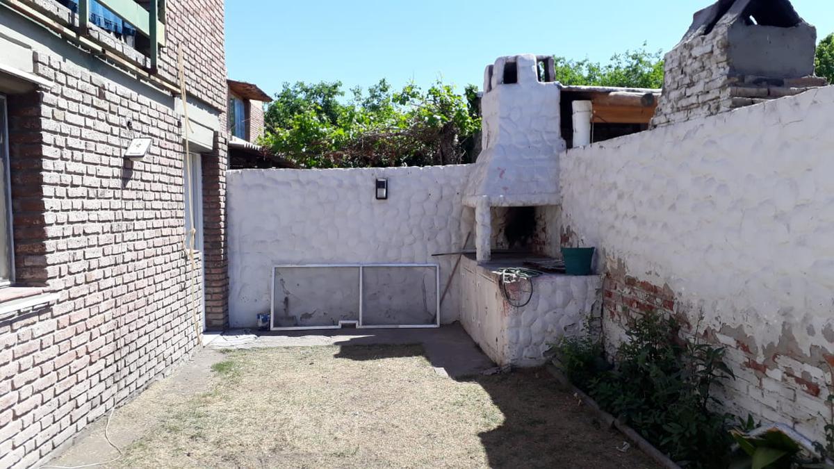 Foto Departamento en Alquiler en  Capital ,  San Juan  Tucumán al 300