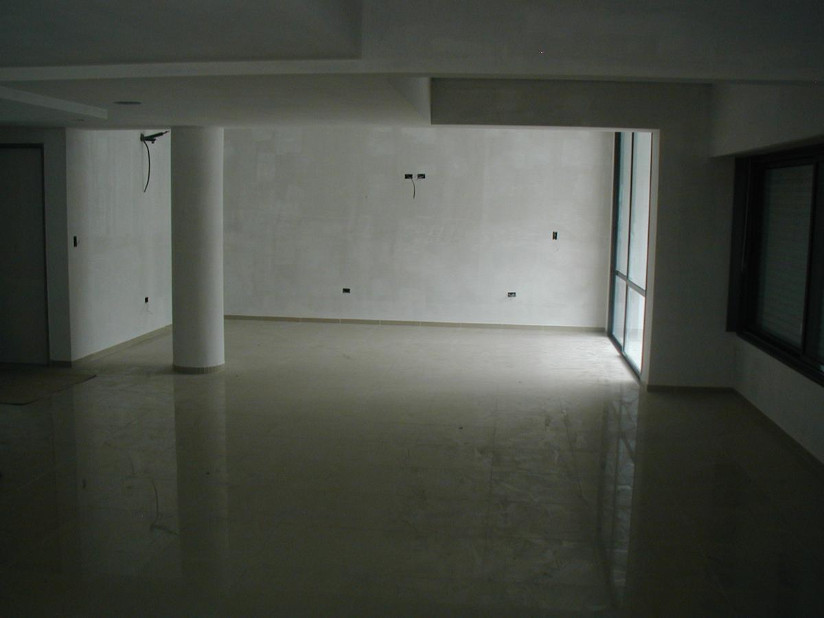 Foto Departamento en Venta en  Lomas de Zamora Oeste,  Lomas De Zamora  SARMIENTO 30 10° C