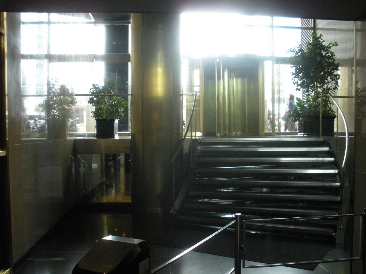 Foto Oficina en Alquiler en  Retiro,  Centro  Reconquista al 1100
