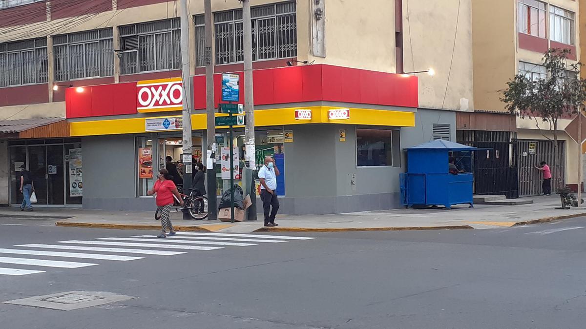 Foto Local en Alquiler en  Lince,  Lima  Avenida José Leal esquina con Zela