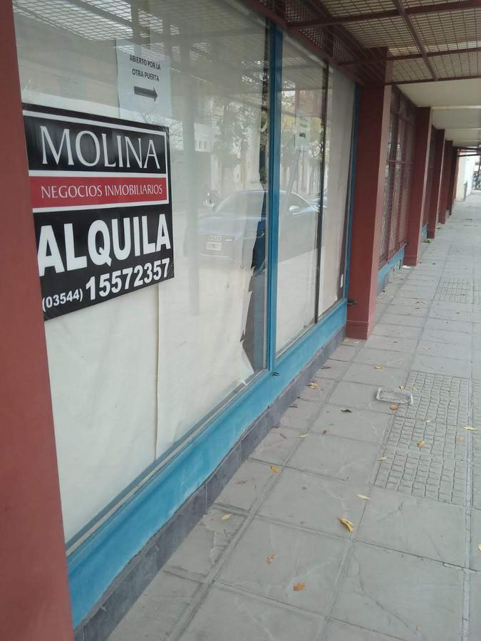 Foto Local en Alquiler en  Villa Dolores,  San Javier  SE ALQUILA LOCAL COMERCIAL Hipolito Irigoyen esq. Remedios de Escalada