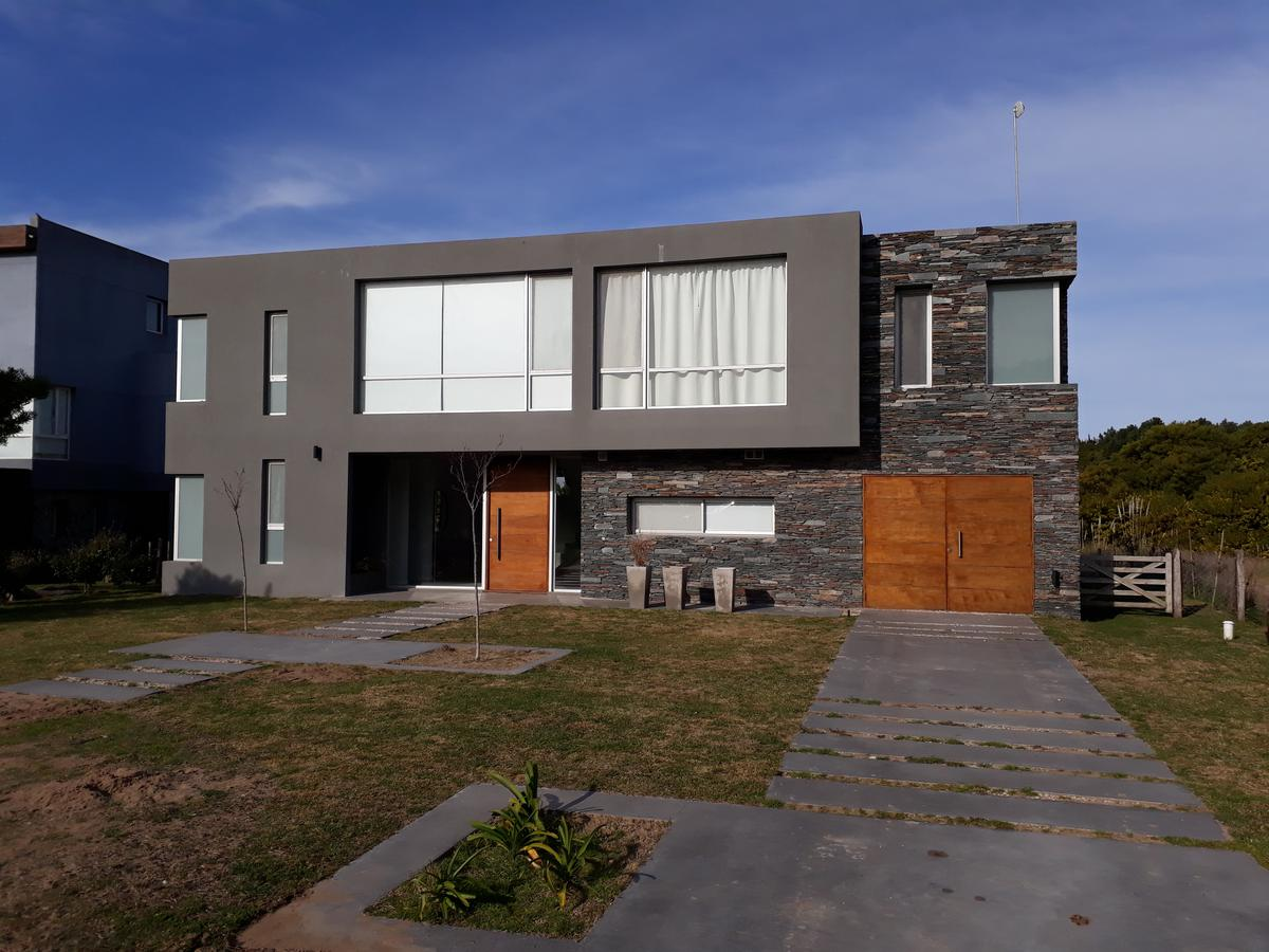 Foto Casa en Alquiler temporario en  Costa Esmeralda,  Punta Medanos  Marítimo I 8