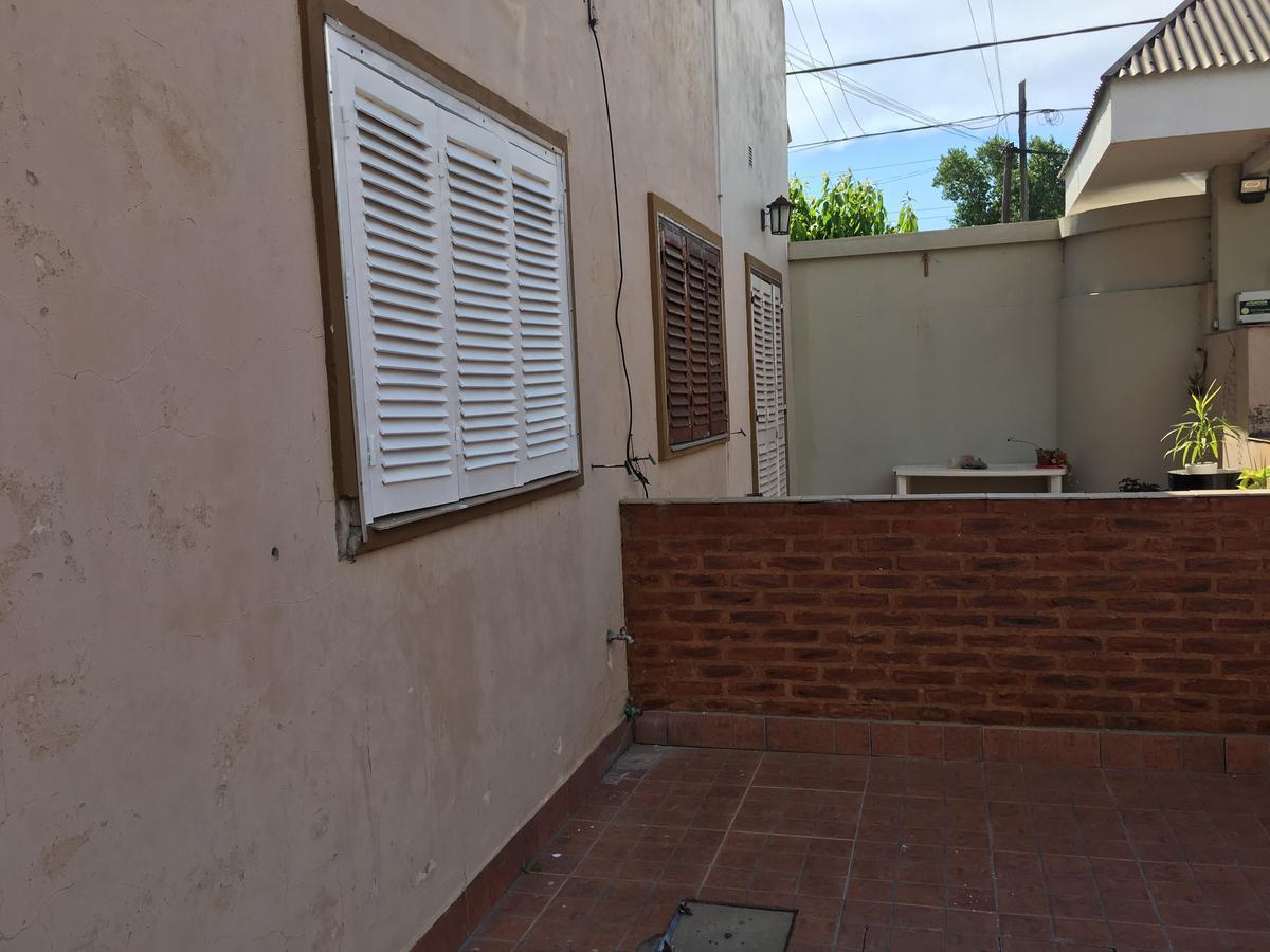 Foto PH en Venta en  Melchor Romero,  La Plata  140 y 39