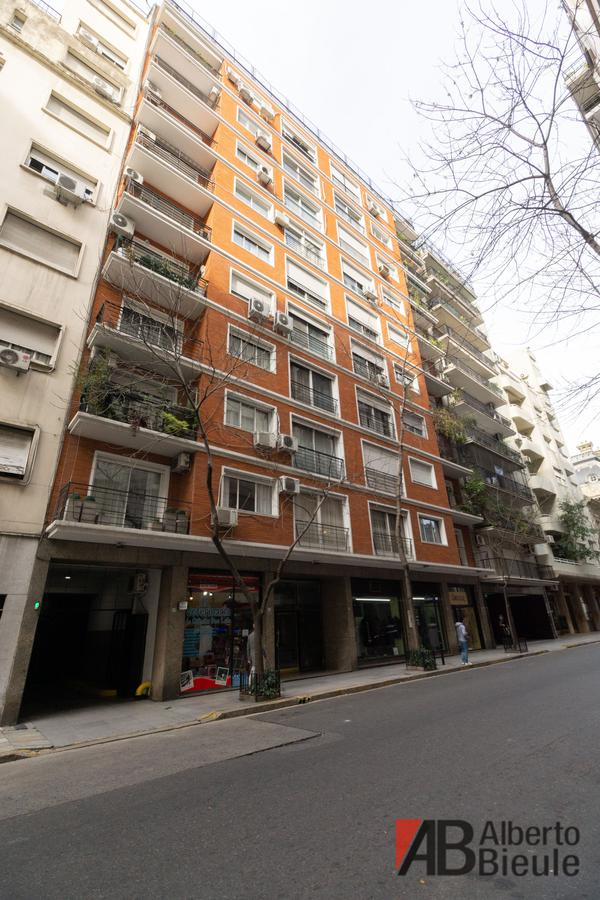 Foto Departamento en Alquiler en  Recoleta ,  Capital Federal  Esmeralda 1271 piso 8°