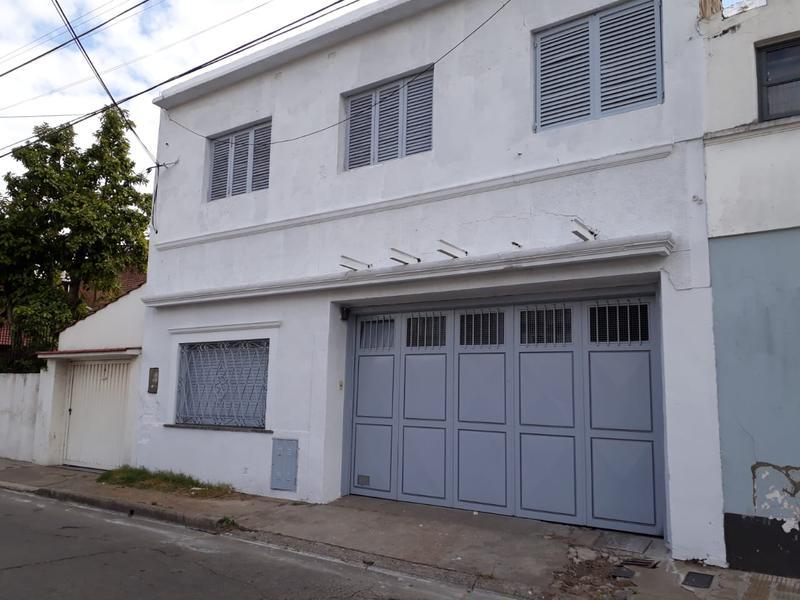 Foto Depósito en Venta en  Villa Sarmiento,  Moron  Dolores 49, Villa Sarmiento