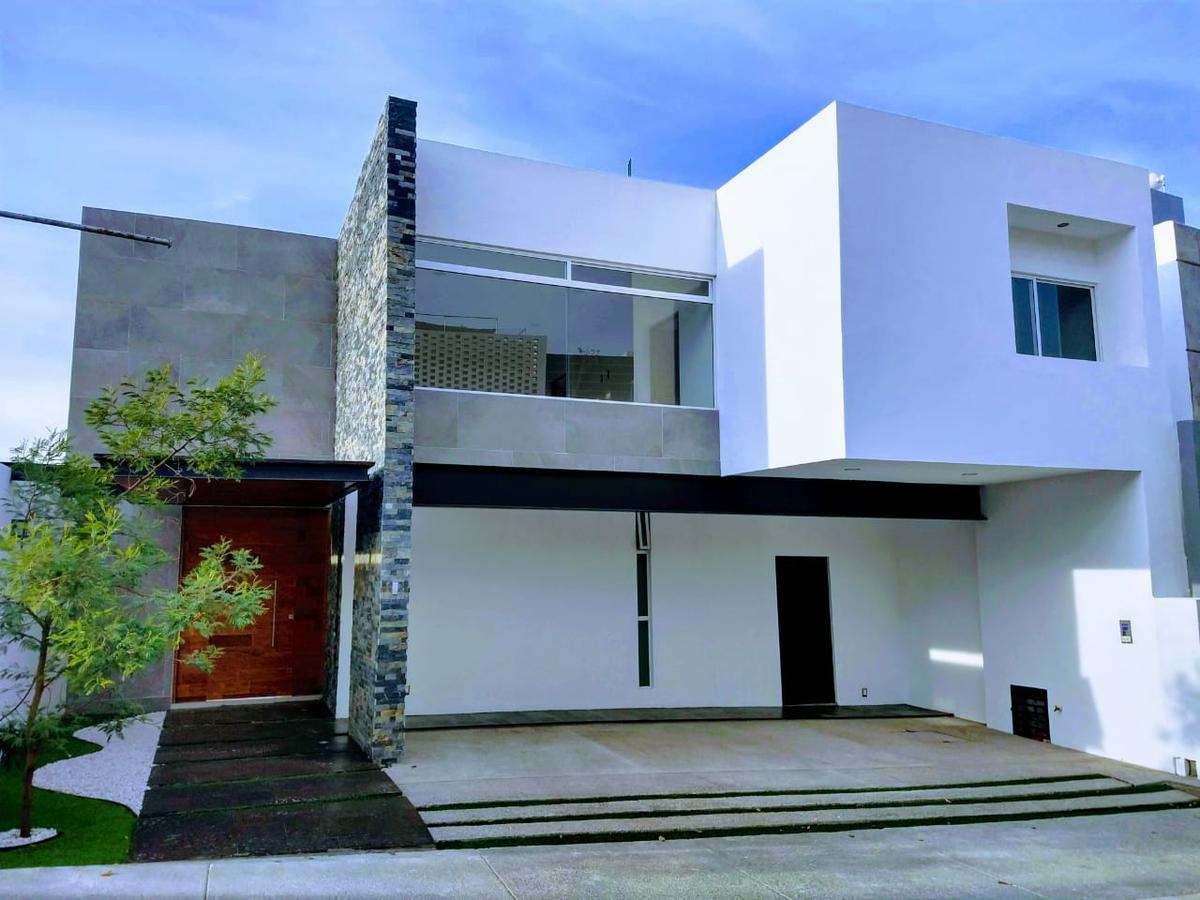 Foto Casa en Renta en  San Luis Potosí ,  San luis Potosí  CASA EN RENTA EN LOMAS DEL PEDREGAL, SAN LUIS POTOSI