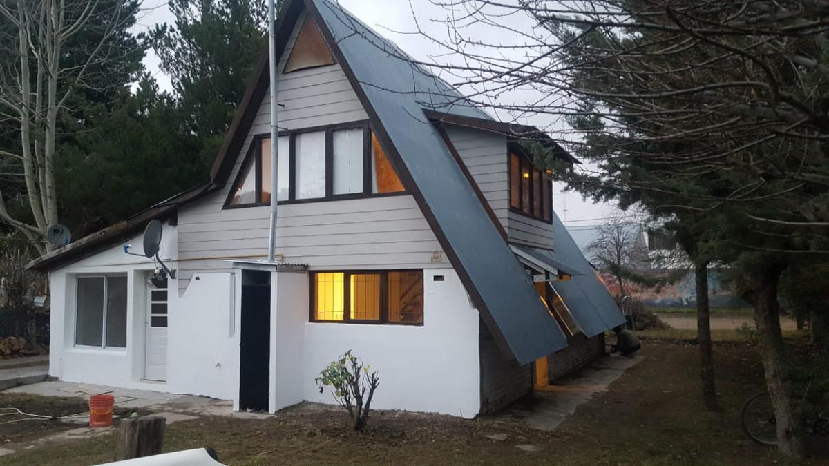 Foto Casa en Venta en  Esquel,  Futaleufu  Conesa al 1000