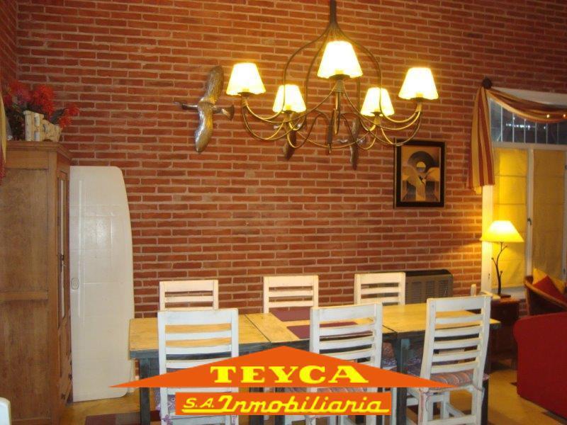 Foto Casa en Venta en  Bosque,  Pinamar  Tres Gracias 1148 E/ Nayades y Gulliver