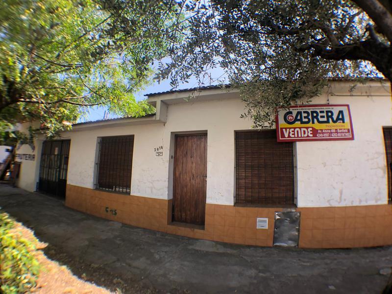 Foto Casa en Venta en  Remedios De Escalada,  Lanus  ROMA 3016