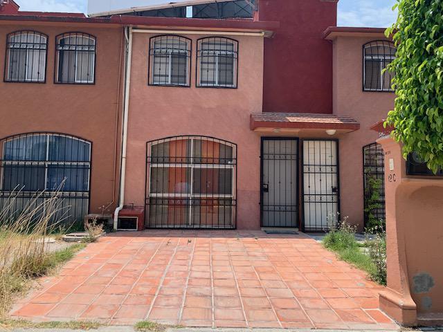 Foto Casa en Renta en  Reserva Territorial Atlixcáyotl,  San Andrés Cholula  Fraccionamiento Villas de Atlixco, 4a. Sección, calle Villa Dorada,  N° 12- C