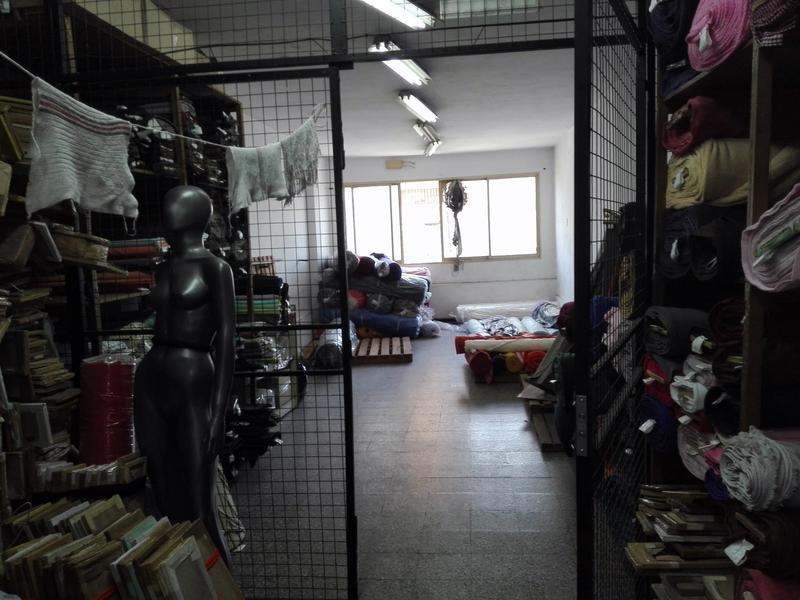 Foto Local en Alquiler en  Mataderos ,  Capital Federal      Juan bautista alberdi 6018