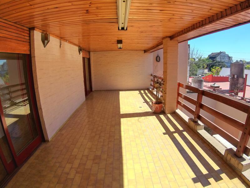 Foto Casa en Venta en  Mataderos ,  Capital Federal  Molina al 1600