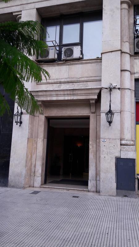 """Foto Departamento en Alquiler en  Centro ,  Capital Federal  Carlos Pellegrini   27  10 """"I"""""""