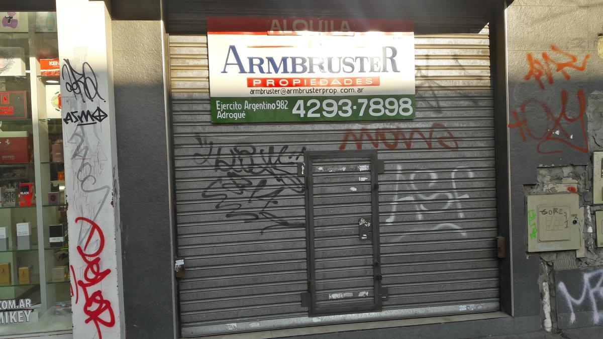 Foto Local en Alquiler en  Adrogue,  Almirante Brown  Mitre 976