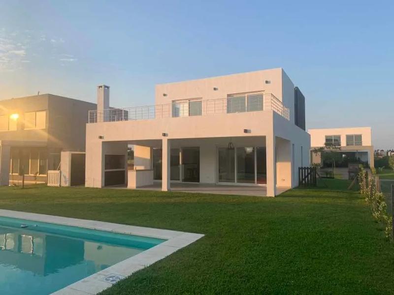 Foto Casa en Venta en  Los Castaños,  Nordelta  Los Castaño al 200
