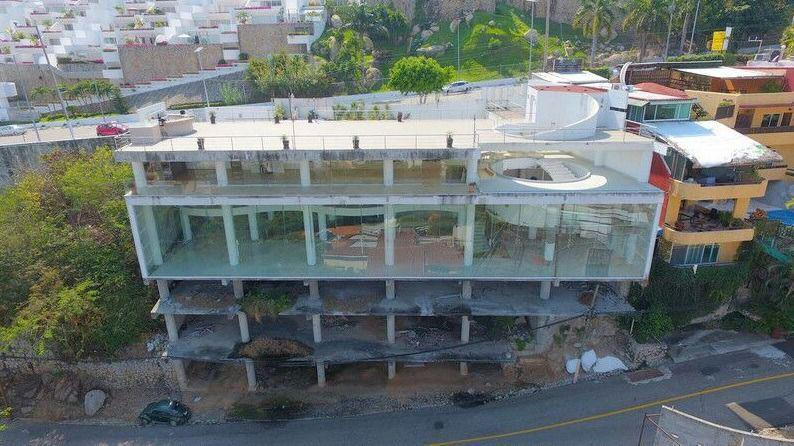 Foto Edificio Comercial en Venta en  Acapulco de Juárez ,  Guerrero  Venta Edificio Comercial en Acapulco Av. Escenica